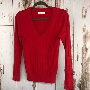 Old Navy V-Neck Cable Knit Sweater, Size Medium